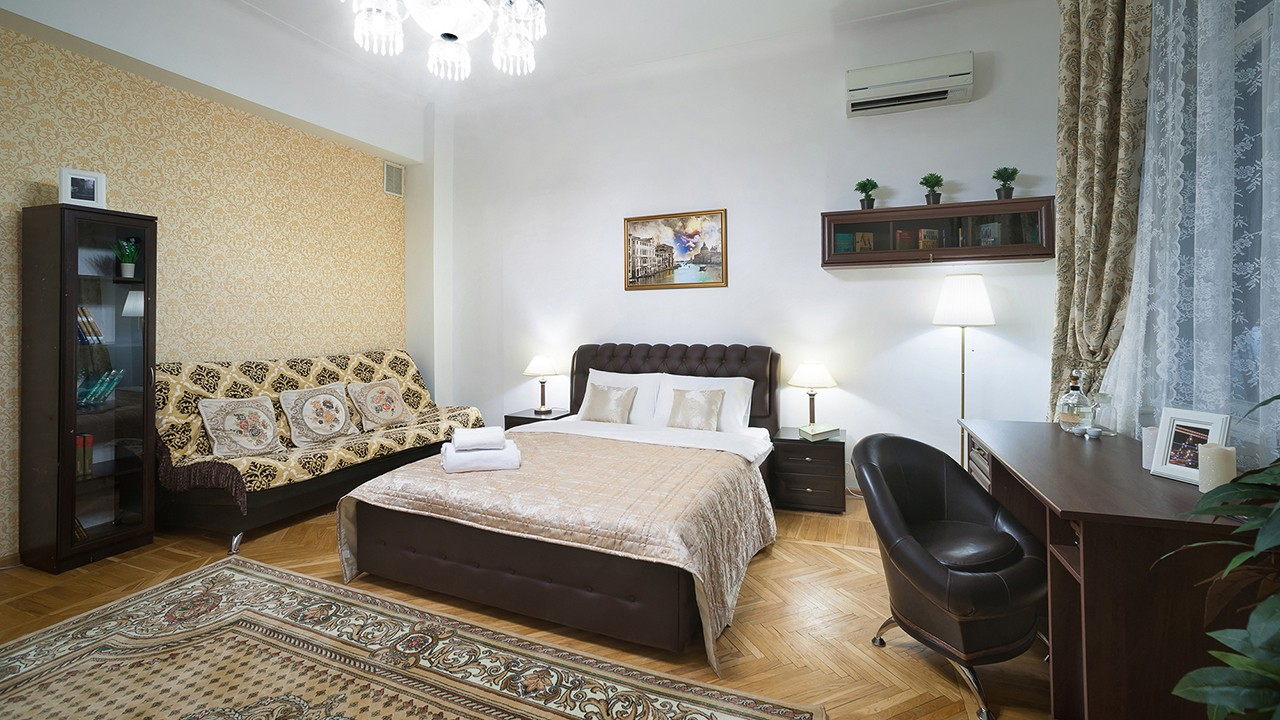 Photography and video of the interior of the hostel in Moscow