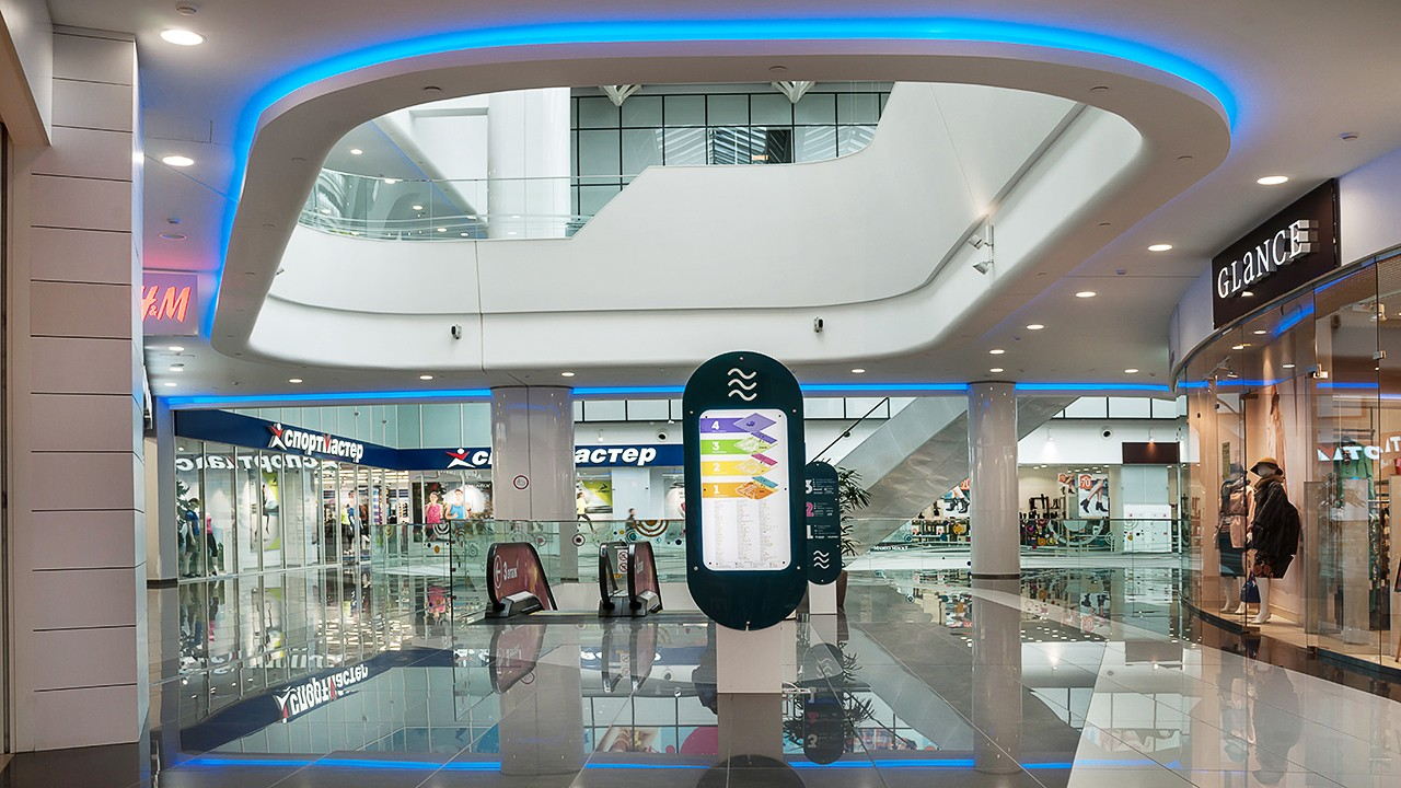 interior photos in a panoramic style. shopping and entertainment center.