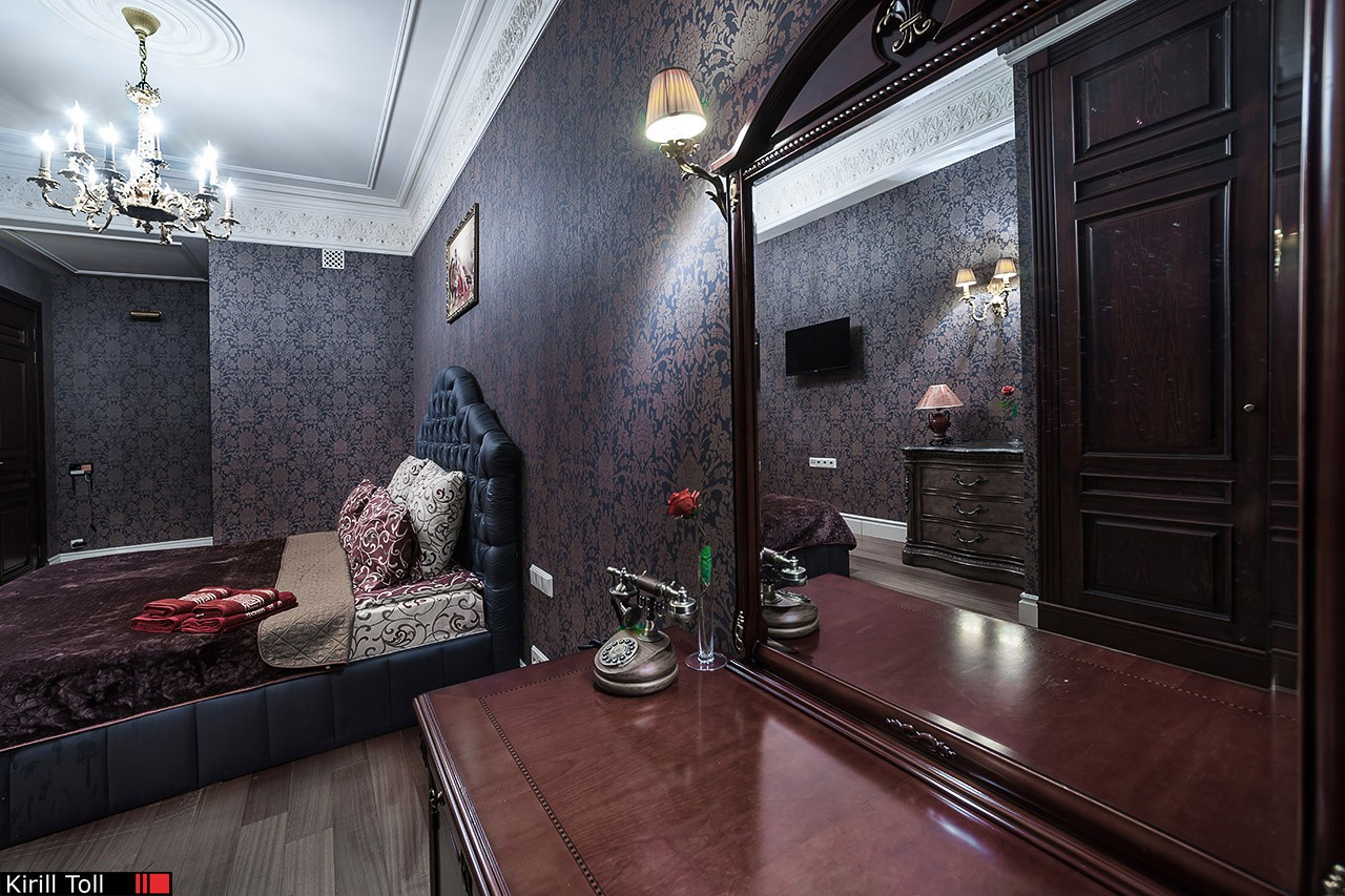 Private hotel in a residential old house. Interior photography for renting real estate. Moscow.