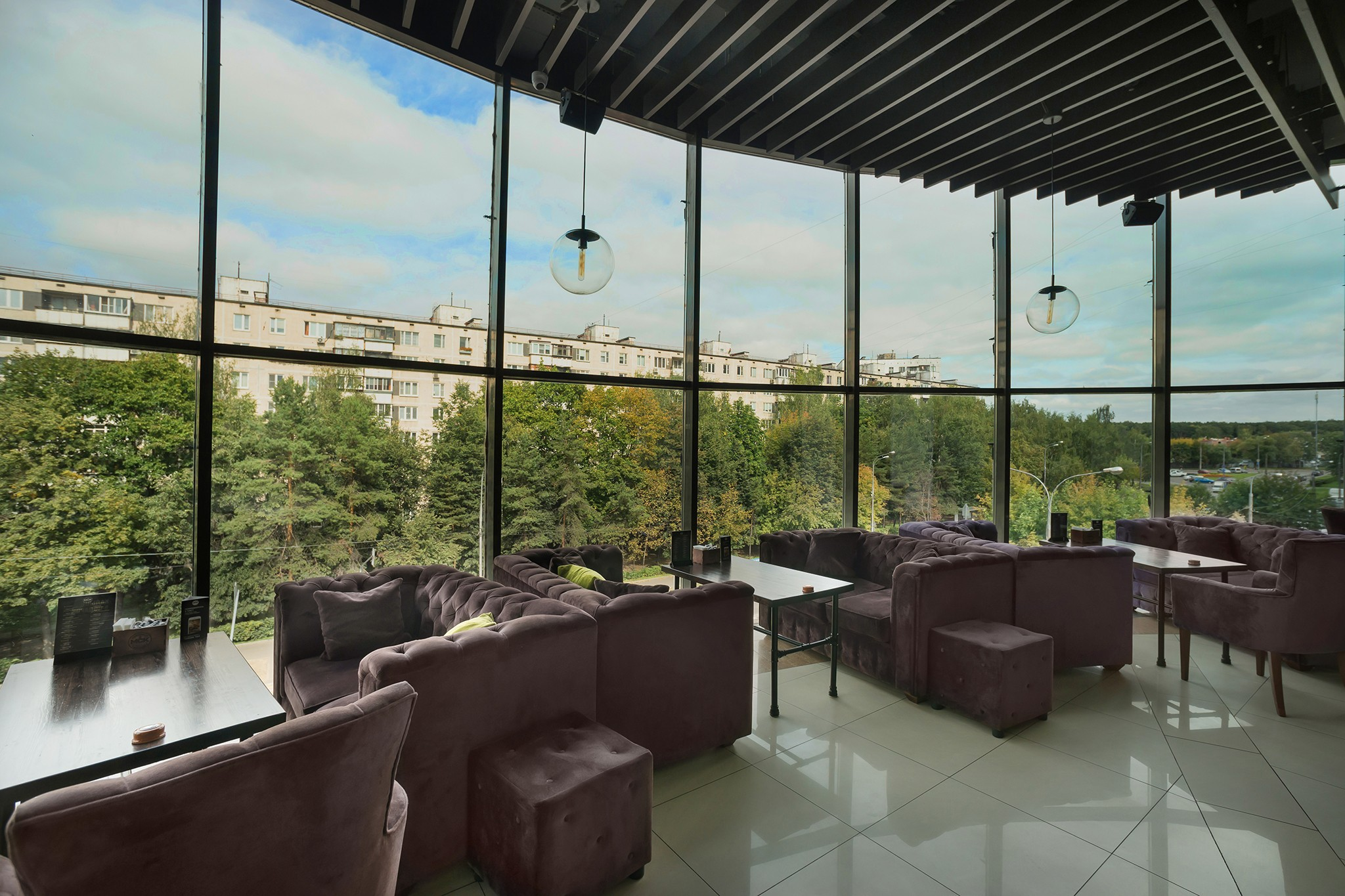 Interior photography of real estate. Cafe in professional photographs. Cyril Toll. Moscow.