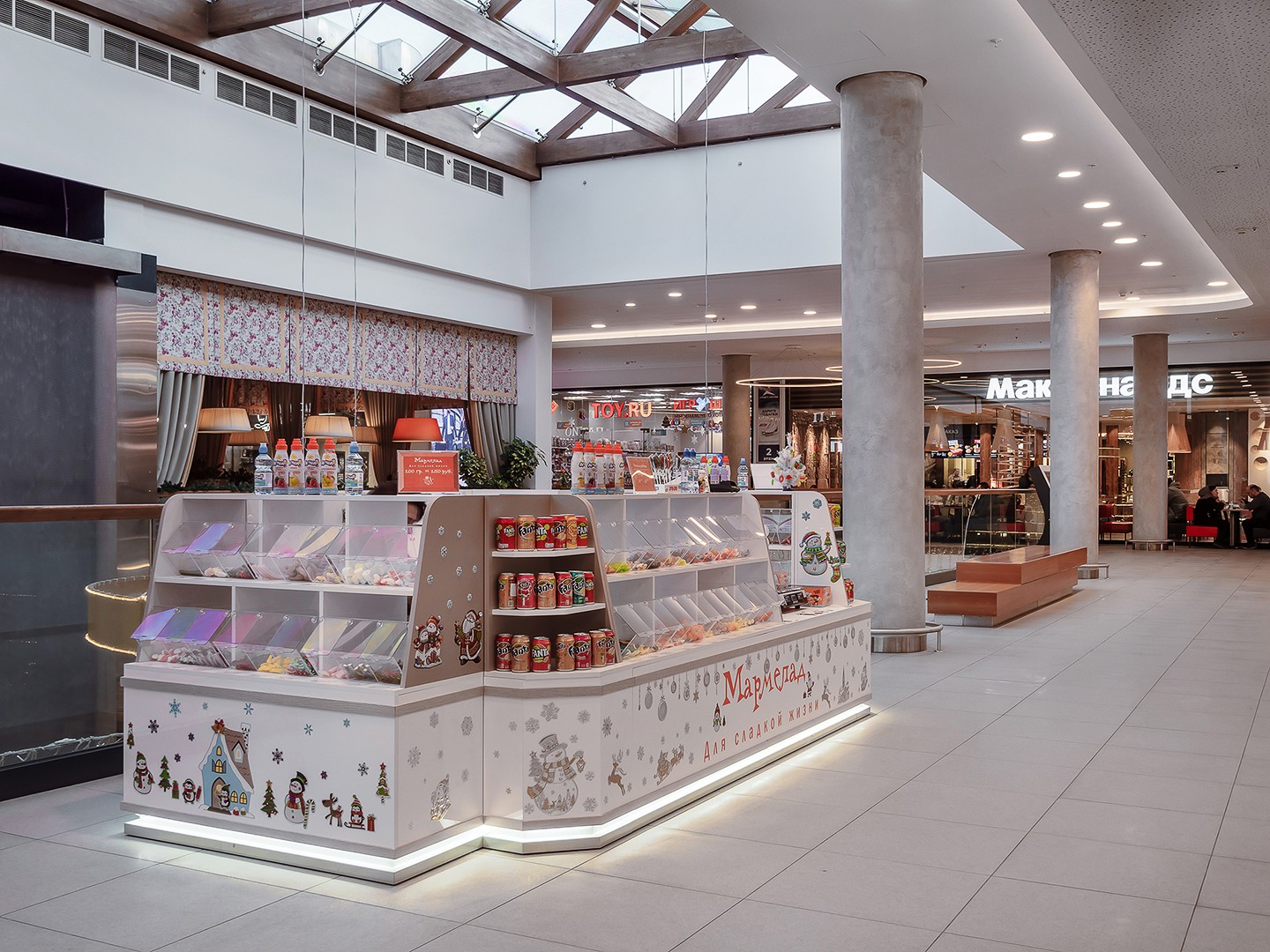 Professional interior photography. Mall locations