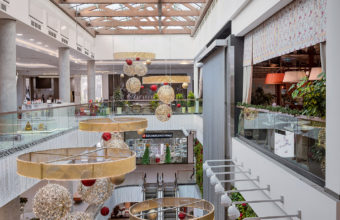 balconies in a shopping mall. interior photography of real estate in Moscow