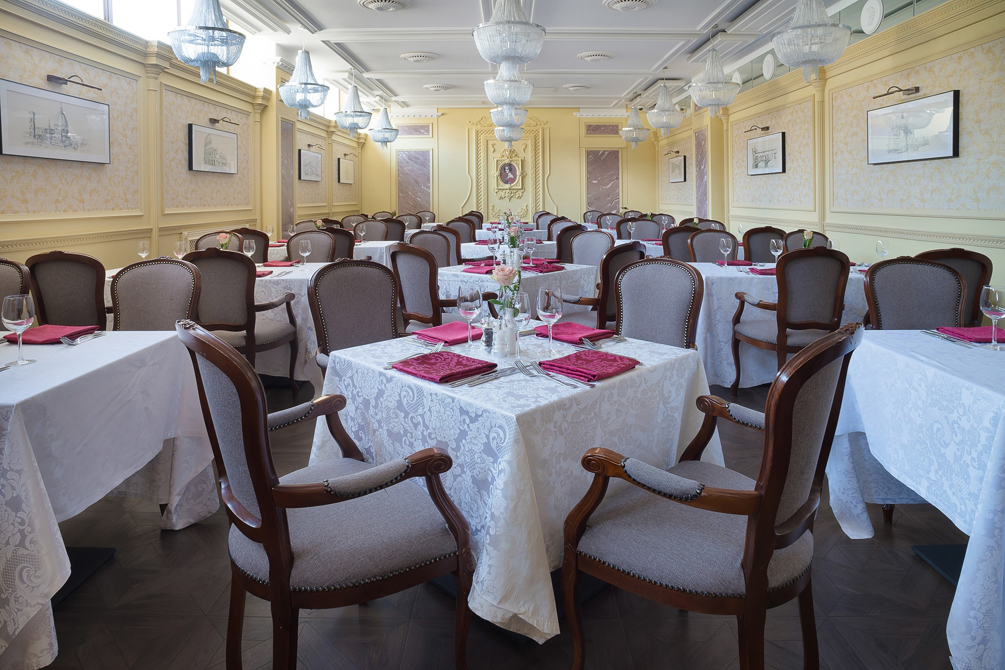 The interior of the restaurant. Photography for the site. Real estate photographer Kirill Toll